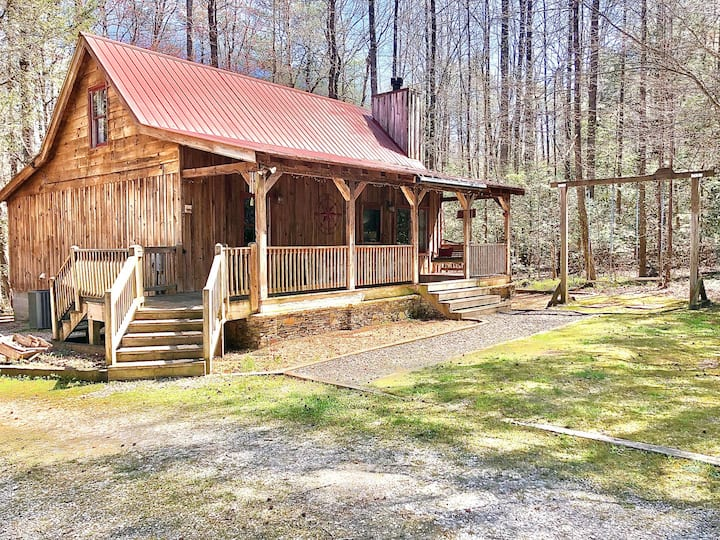 Tate Creek Cabin - Hot Tub/Decks/Firepits Private!