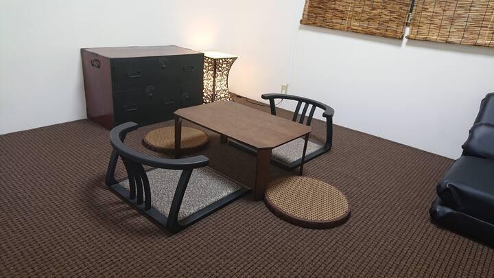 「庵-ラピス本町」彦根城近く四番町スクエアにあるアパート3LDK貸切 定員4人