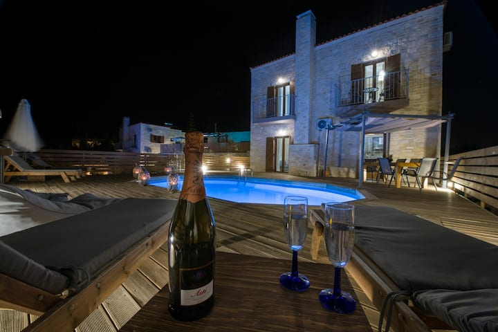 Villa Ourania - With Private Pool