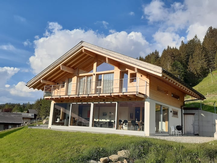 Alpine dream Chalet with Spa  close to Lake Geneva