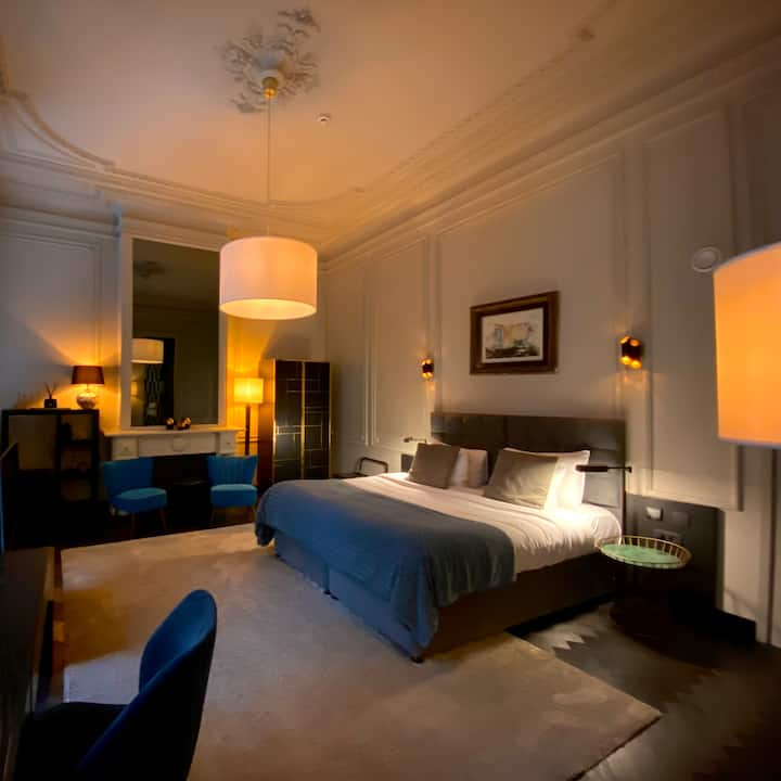 CITY CENTER - LUXURY 4 * BOUTIQUE HOTEL - MASTER SUITE