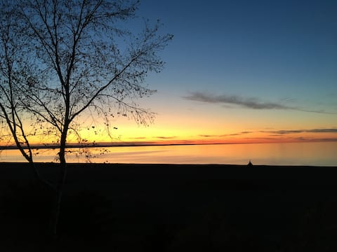 2-Chalet bord Lac St Jean  plage privé CITQ 301480