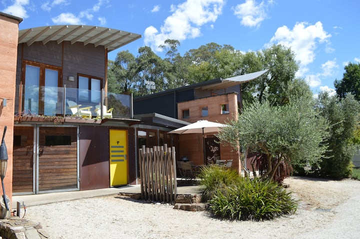 Luxury Holiday Apartment near Falls Creek & Bright
