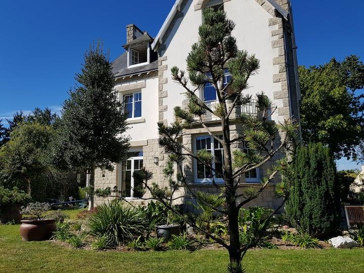 """Chambre d'hôtes  """"Esprit Indigo - la villa 14"""""""
