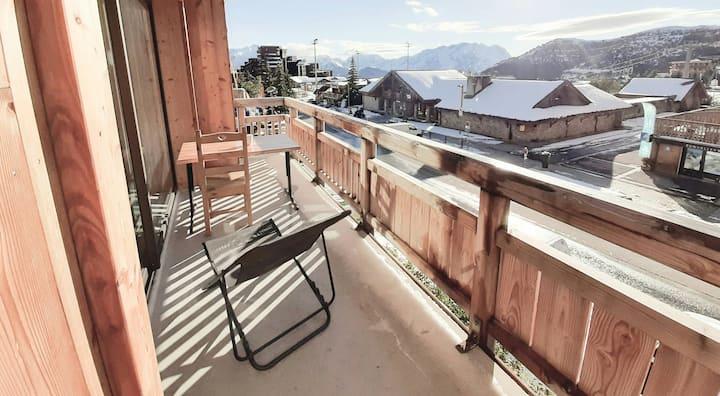 Alpe d'huez centre. 2 rooms appartment **