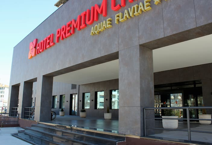 Premium Chaves - Aquae Flaviae, Double Standard