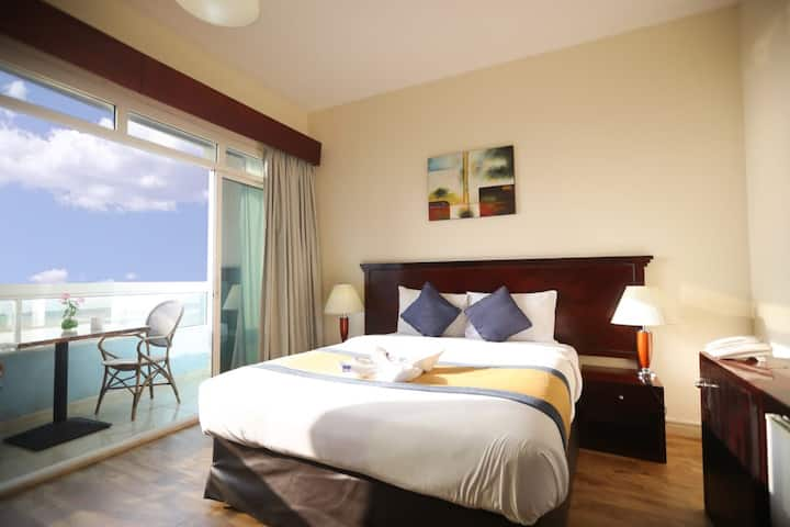 Cosy Sea View Rooms With Balcony
