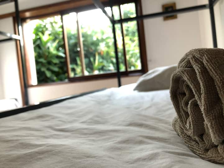 Casa Universo 10-Cozy Dorm in the City