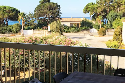 Studio with separate room. Terrace with sea view.