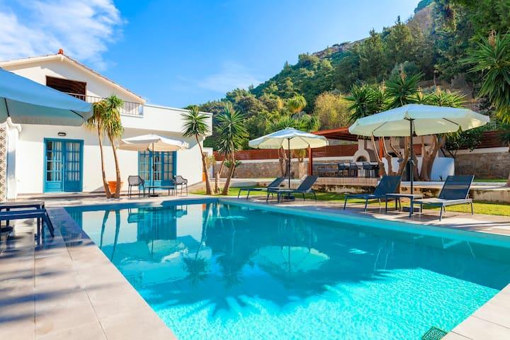 Bella Foresta Villa 2, Ixia, Rhodes