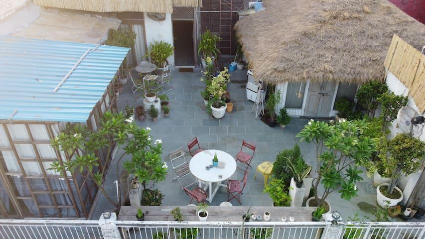 Penthouse Studio-Hauz Khas Village