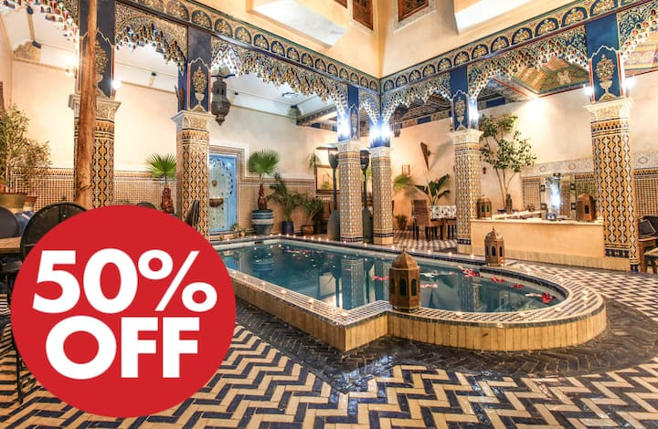 @  Marrakech room in Medina with big swimming pool