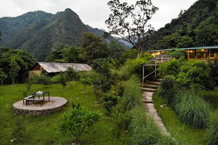 Aashraya on the Ganga : Himalayan Farmstay Retreat