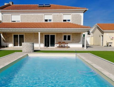 Spacious villa with pool