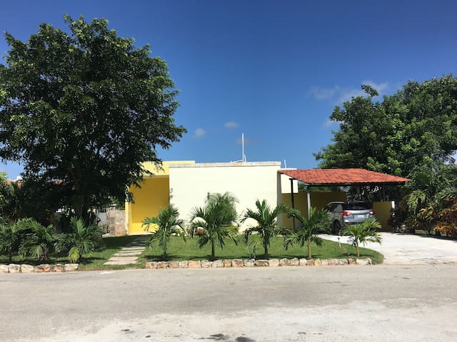 Country House between Progreso Beach and Merida