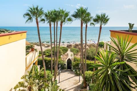 Apartamento de lujo en la mejor playa de Marbella