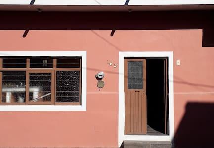 ubicación calle Gral. Arteaga No. 105