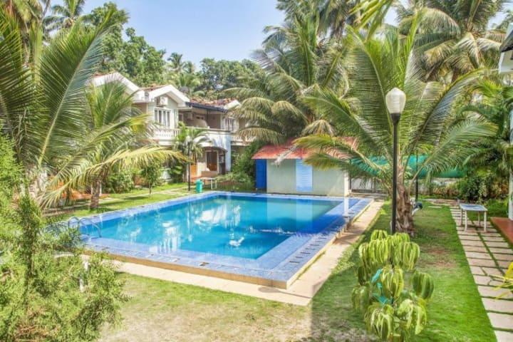 4 BHK BAGA Exotic Villa Pool WiFi in Nature's Lap
