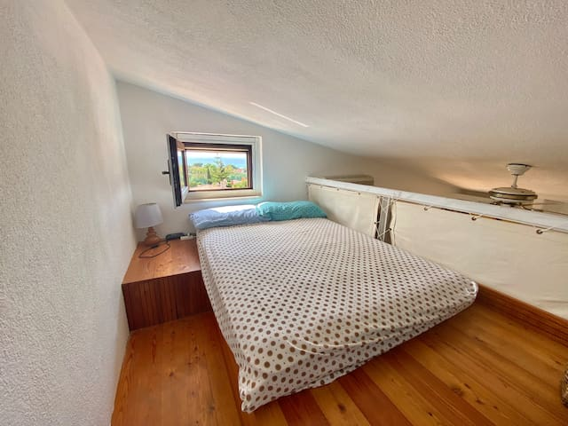 Soppalco (Letto una piazza e mezza). Bedroom 3 ( 1.5 bed size)