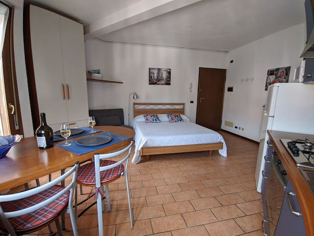 ☼ Cozy Apartment - City Centre - 5 min to Lake  ☼