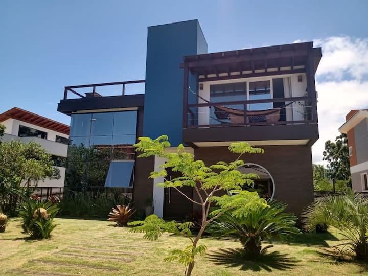 Casa em condomínio na Praia do Rosa Imbituba - SC