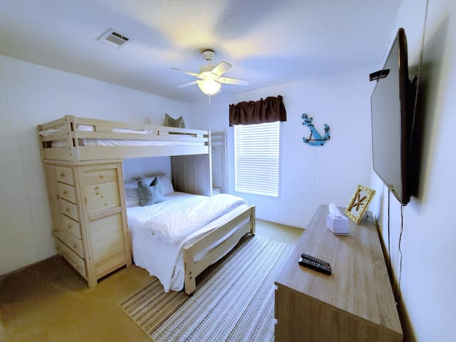 """Bedroom 2 with 1 Full size Bed and 1 Twin size bed and 55"""" Samsung Smart Tv w/ WOW Cable"""