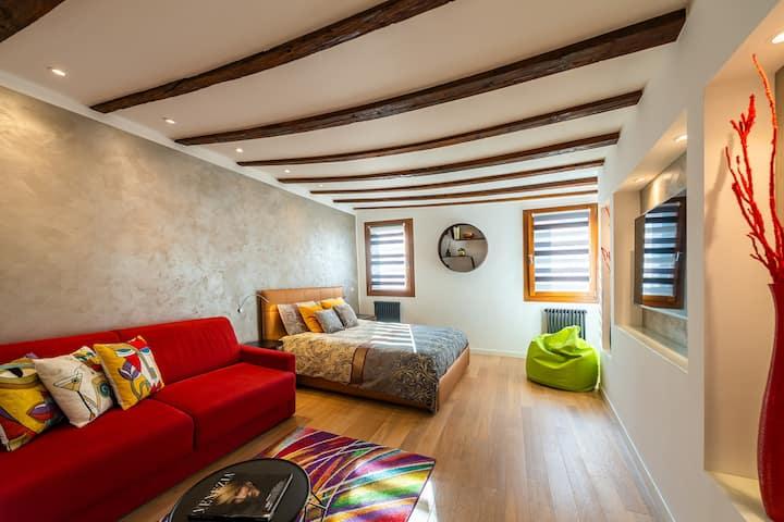 Gdhouse 806 - modern flat few steps from Biennale