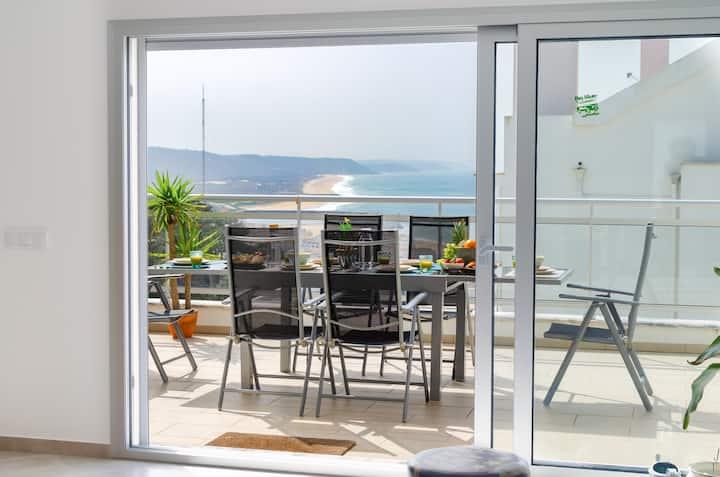 Sky Terrace - Top Floor Private Terraces Sea View