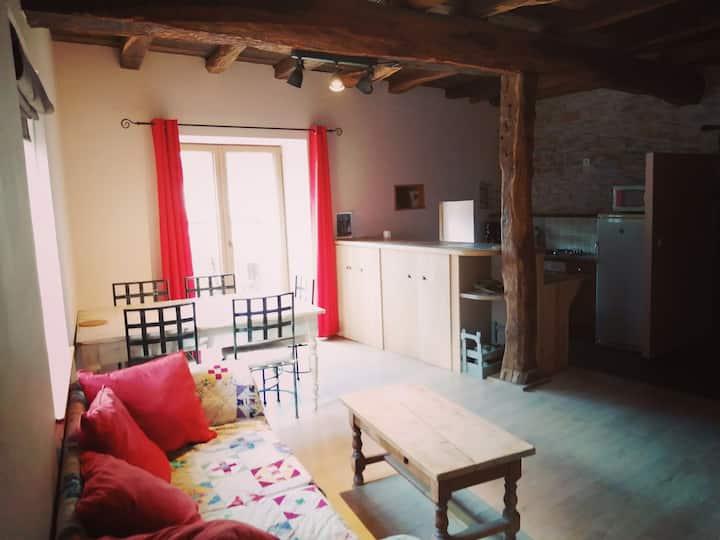 Gîte vigneron dans ancienne maison rénovée