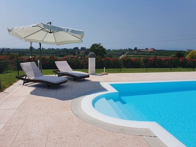 Relax Bilocale con Piscina  Bardolino L. Garda