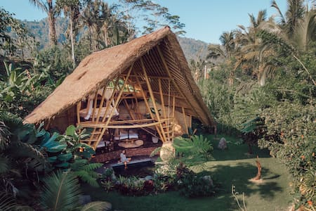 HIDEOUT HORIZON - Eco Bamboo Home