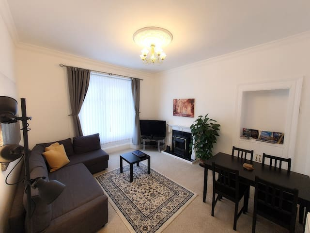 Dumbarton Castle Way - Large Stunning Apartment