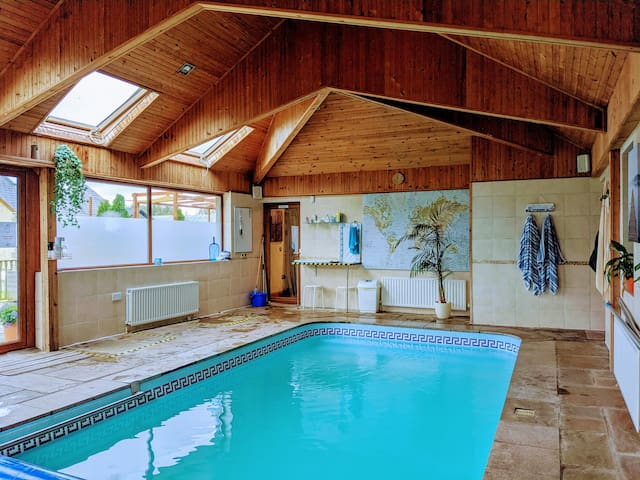 Double Room with Pool Access - Carryduff