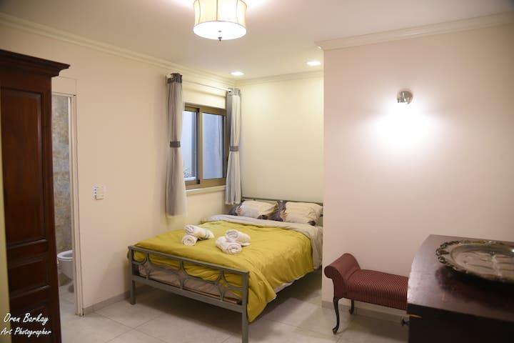 Bedroom # 8 (Pool floor)