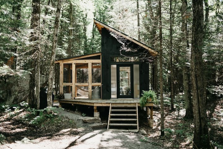 The Eco-Cabin Muskoka