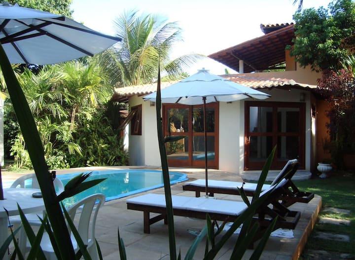 Casa  Arraial c/ piscina  privativa perto da praia