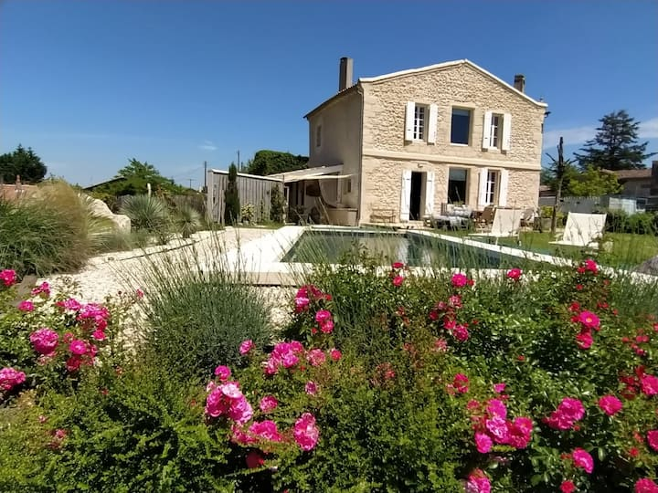Maison de charme vue panoramique proche Bordeaux