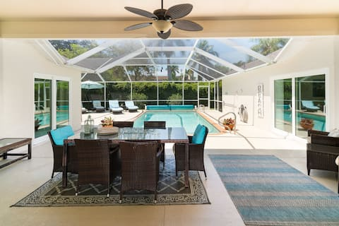 Sunside House, 3/2 Pool Home in Gated Community