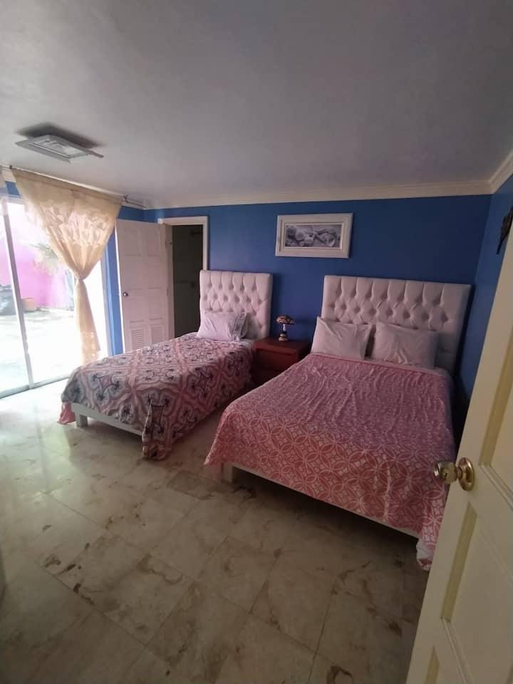 Preciosa habitación con gran ubicación