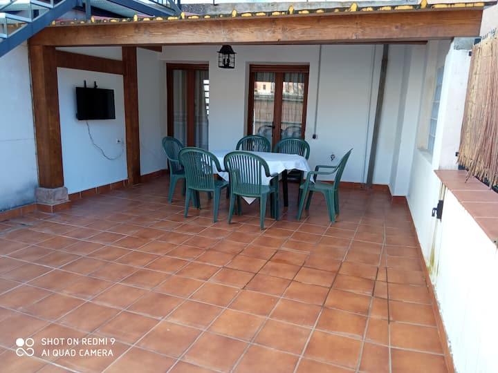 APARTAMENTO FAMILIAR EN EZCARAY con terraza 1PISO