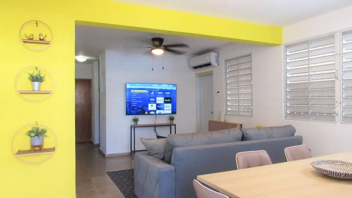 6BR House | Close to Ocean w/ Free Parking