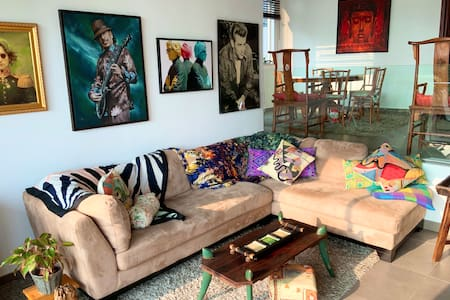 Artistic, spacious villa for memorable staycation.