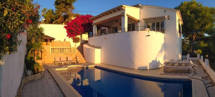 Villa La Buena Vida,8p,private pool,zeezicht,wifi