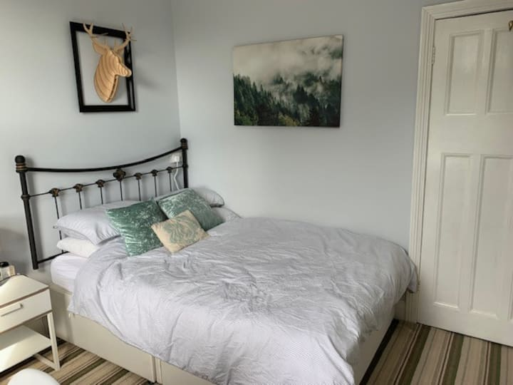 Comfortable Room with Private Bathroom Bournemouth