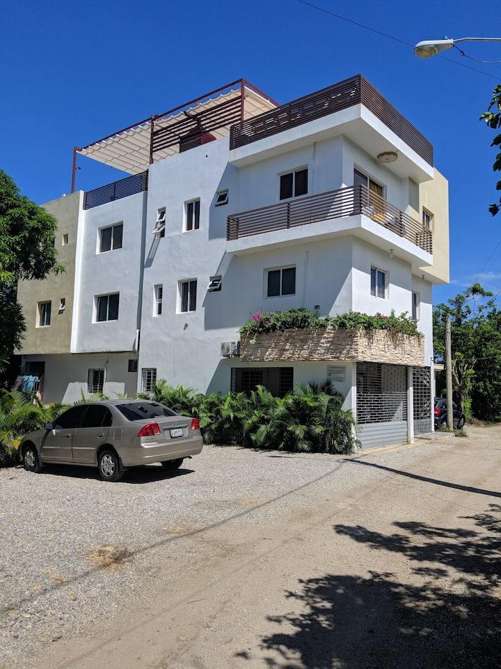Apartamento de dos habitaciones con cocina