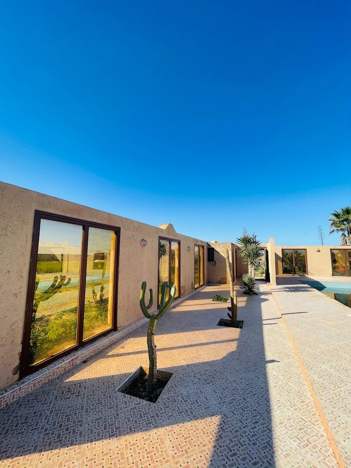 Villa berbère avec piscine à 800m de l'Océan