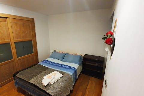 Private room in the center of alicante