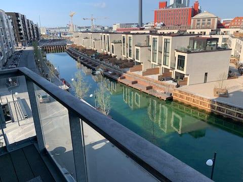 Moderna i espaiosa habitació al port de Copenhague