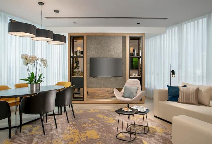 Premium 2+1 Apartment by Westside Arjaan by Rotana