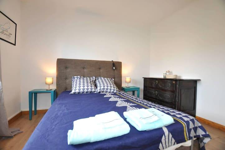 Location de vacances, 66200 Elne, Occitanie, France